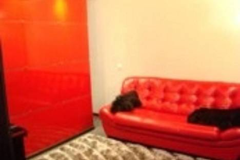 Сдается 1-комнатная квартира посуточно в Ачинске, Юго-Восточный район, дом 6,  этаж.