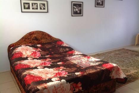 Сдается 1-комнатная квартира посуточно в Новочеркасске, Орджоникидзе 39.