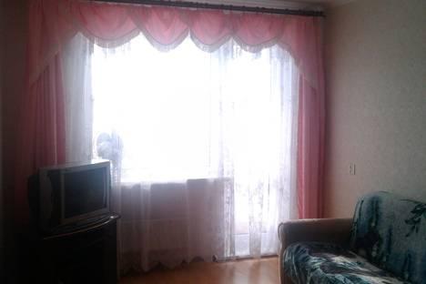 Сдается 1-комнатная квартира посуточно в Сызрани, ул. Звездная, 32.