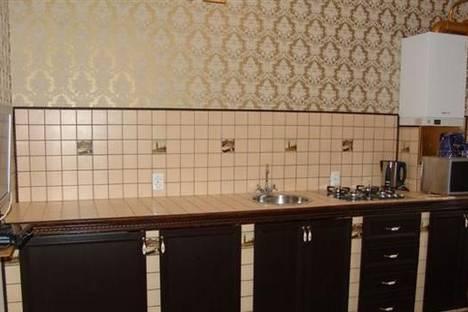 Сдается 2-комнатная квартира посуточно в Виннице, ул. Зодчих, 7.