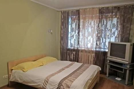 Сдается 1-комнатная квартира посуточно в Чернигове, пр-т Победы, 176.