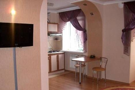 Сдается 1-комнатная квартира посуточно в Полтаве, ул. Красноармейская, 2а.