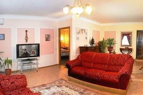 Сдается 2-комнатная квартира посуточно в Полтаве, ул. Октябрьская, 50.