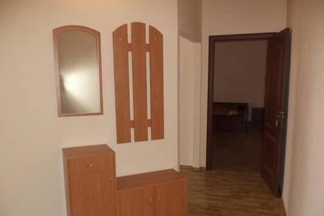 Сдается 1-комнатная квартира посуточно в Мукачеве, пл. Мира, 5.