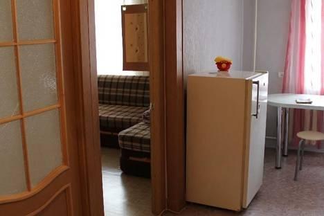 Сдается 2-комнатная квартира посуточно в Кургане, ул. Ленина,  9.