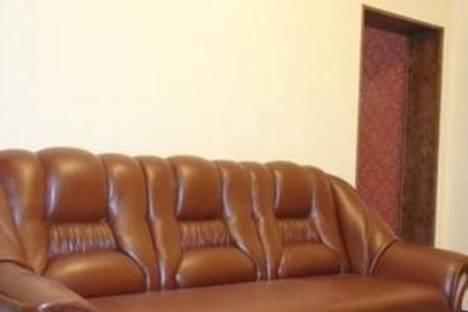 Сдается 2-комнатная квартира посуточнов Сумах, ул. Петропавловская, 81.