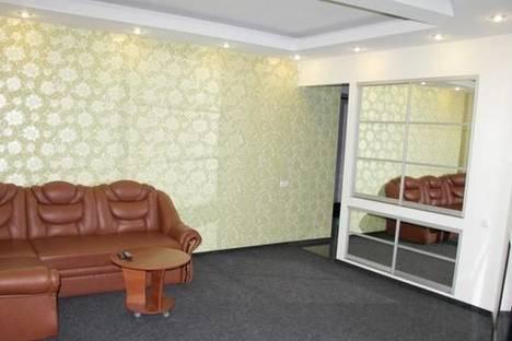 Сдается 3-комнатная квартира посуточно в Сумах, ул. Соборная, 32.