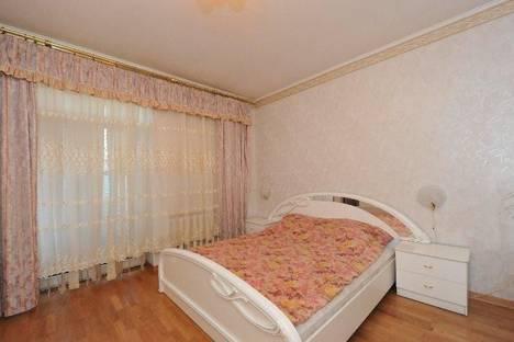 Сдается 3-комнатная квартира посуточно, Аллея Героев, 2.