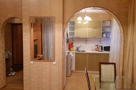 Сдается 3-комнатная квартира посуточно в Иркутске, ул. Горького, 2.