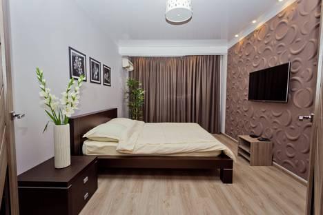 Сдается 2-комнатная квартира посуточнов Кстове, улица Звездинка, д.26 А.