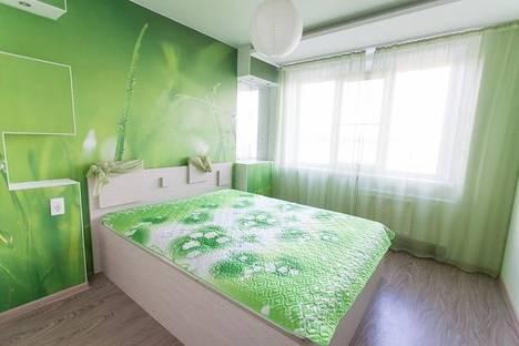 Сдается 4-комнатная квартира посуточно в Челябинске, ул. Ворошилова, 57а.