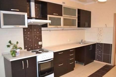 Сдается 2-комнатная квартира посуточно в Йошкар-Оле, ул. Первомайская, 78.