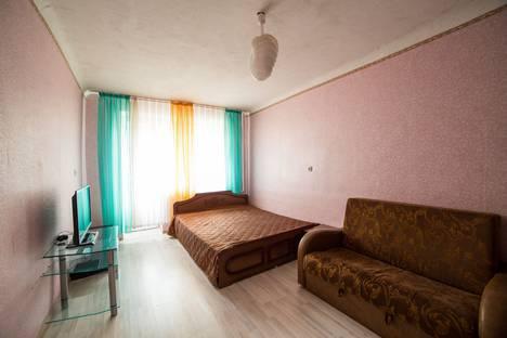 Сдается 1-комнатная квартира посуточно в Омске, ул. труда 9а.