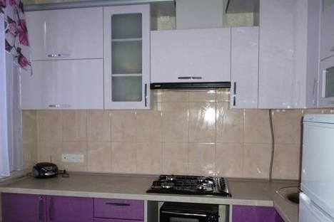 Сдается 2-комнатная квартира посуточно в Кривом Роге, ул. Отто Брозовского, 54.