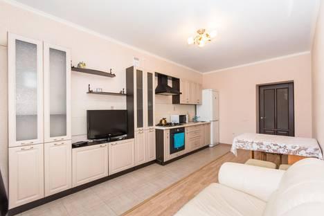 Сдается 3-комнатная квартира посуточно в Казани, ул.Зинина 34.