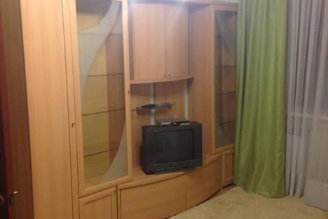 Сдается 1-комнатная квартира посуточно в Салехарде, ул. Комсомольская, 11.