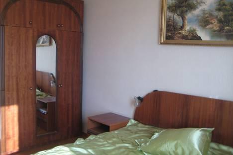 Сдается 2-комнатная квартира посуточно в Ухте, набережная Нефтяников, 16.
