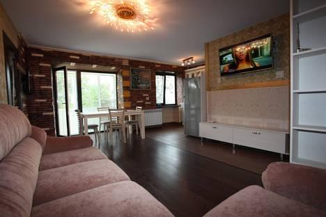 Сдается 2-комнатная квартира посуточно в Вологде, ул. Герцена, 14.