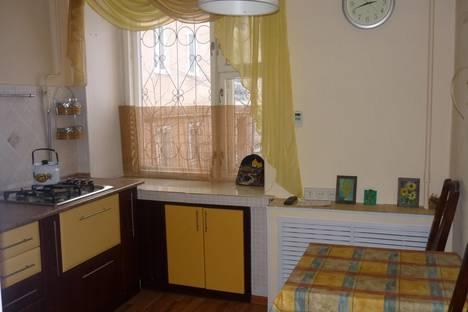 Сдается 1-комнатная квартира посуточно в Вологде, ул. Зосимовская, д.32.