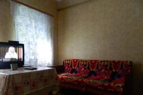 Сдается коттедж посуточно в Бердянске, ул. Карла Маркса, 40.