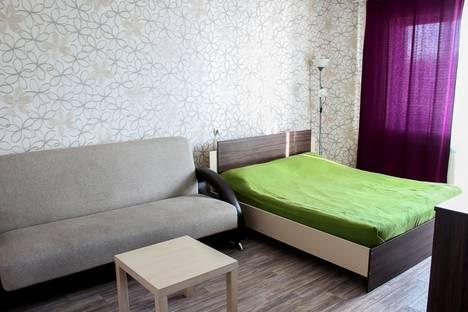 Сдается 1-комнатная квартира посуточнов Омске, ул. 10 лет Октября, 105.