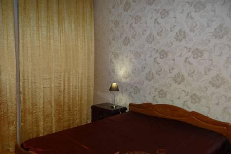 Сдается 2-комнатная квартира посуточно в Находке, ул. Ленинская, 2.