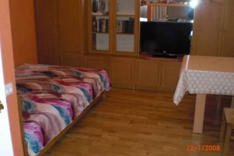 Сдается 2-комнатная квартира посуточно в Ялте, пер. Партизанский, 3.