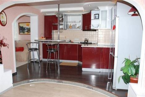 Сдается 2-комнатная квартира посуточно в Полтаве, б-р Боровиковского, 3.