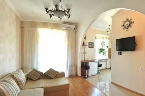 Сдается 2-комнатная квартира посуточно в Николаеве, улица Карла Либкнехта, 2-Б.
