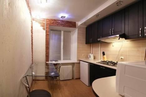 Сдается 2-комнатная квартира посуточно в Николаеве, ул. Шевченко, 75.