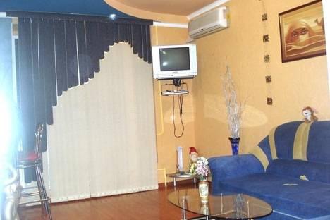 Сдается 2-комнатная квартира посуточно в Николаеве, ул. Молодогвардейская, 55.