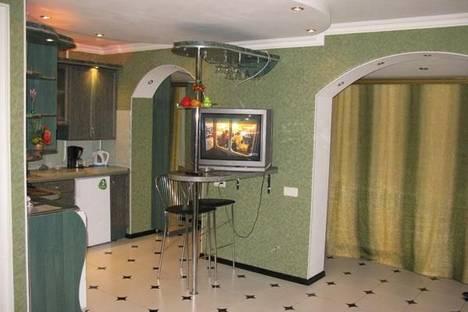Сдается 2-комнатная квартира посуточно в Николаеве, проспект Октябрьский, 16.