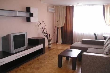 Сдается 2-комнатная квартира посуточно в Николаеве, пр. Ленина, 171.