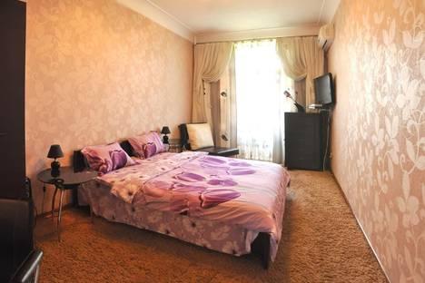 Сдается 1-комнатная квартира посуточно в Николаеве, ул. Советская, 2.