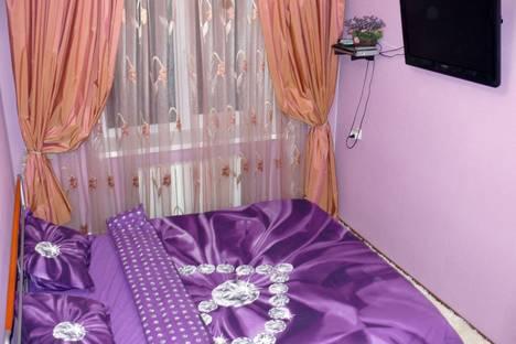 Сдается 2-комнатная квартира посуточно в Николаеве, ул. Московская, 13.