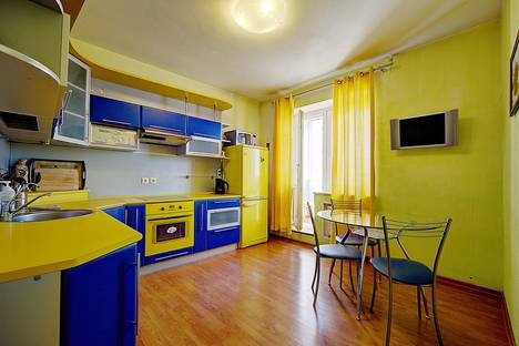 Сдается 2-комнатная квартира посуточнов Санкт-Петербурге, Коломяжский проспект, 26 (К10).