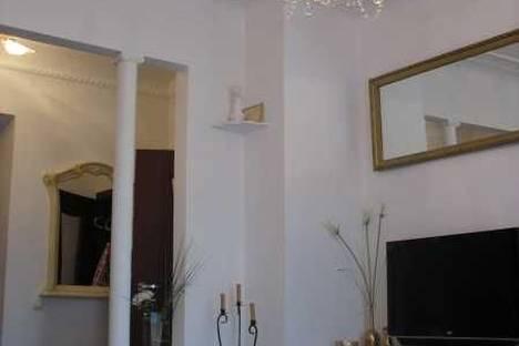 Сдается 2-комнатная квартира посуточно в Днепре, пр. Карла Маркса, 67.