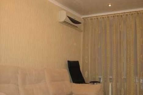 Сдается 1-комнатная квартира посуточно в Днепре, ул. Фурманова, 3.