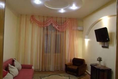 Сдается 2-комнатная квартира посуточно в Днепре, ул. Плеханова, 7.