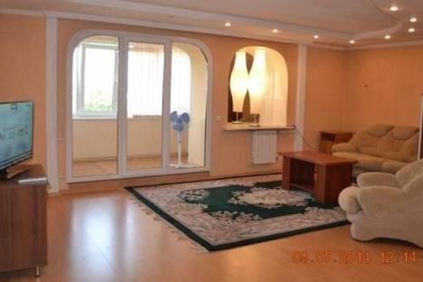 Сдается 2-комнатная квартира посуточно в Абакане, ул.К.Маркса,  5.