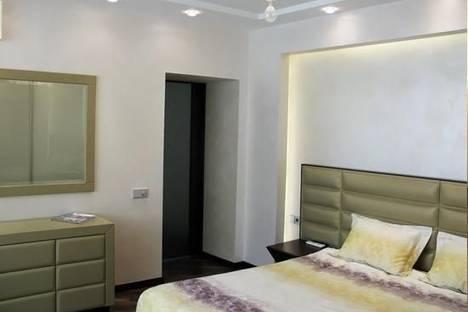 Сдается 2-комнатная квартира посуточно в Днепре, пр. Карла Маркса, 45.