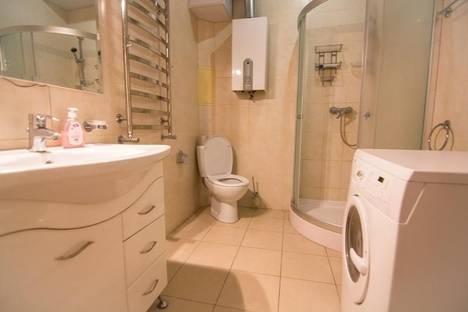 Сдается 1-комнатная квартира посуточно в Днепре, ул.Жуковского, 2е.