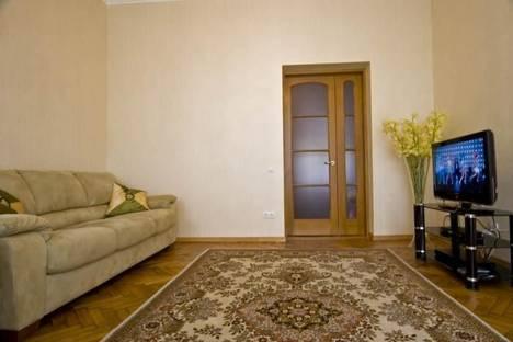 Сдается 2-комнатная квартира посуточно в Харькове, ул. Мироносицкая, 6.