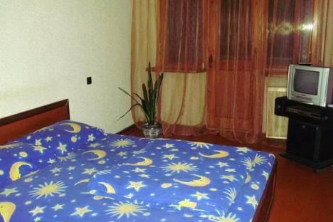 Сдается 2-комнатная квартира посуточно в Днепре, ул. Комсомольская, 65.