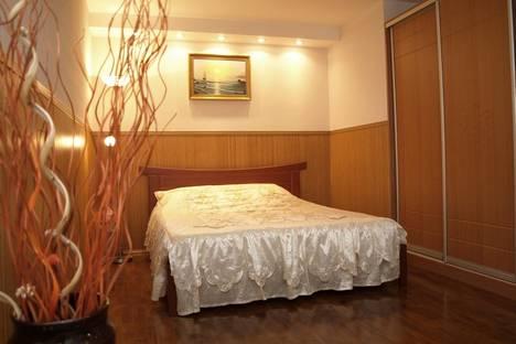 Сдается 1-комнатная квартира посуточно в Днепре, пр. К. Маркса, 70.