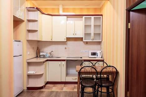 Сдается 2-комнатная квартира посуточно в Харькове, ул. Чубаря, 14.
