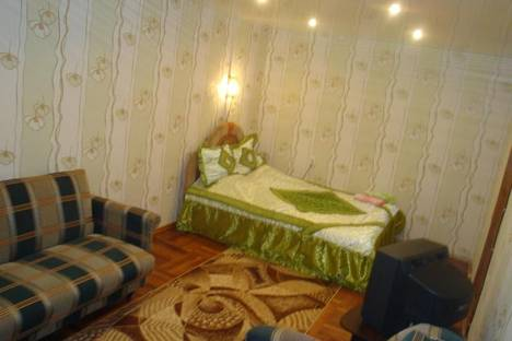 Сдается 2-комнатная квартира посуточно в Запорожье, Героев Сталинграда, 46-а.