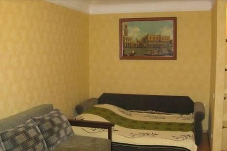 Сдается 1-комнатная квартира посуточно в Харькове, пр. Московский,196.