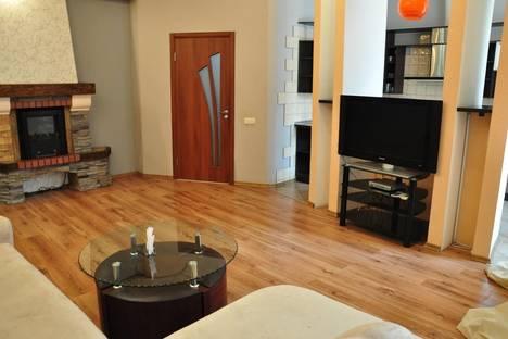 Сдается 2-комнатная квартира посуточно в Харькове, ул. Петровского, 35-б.