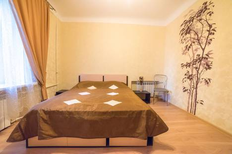 Сдается 2-комнатная квартира посуточнов Воронеже, ул. Плехановская 44.